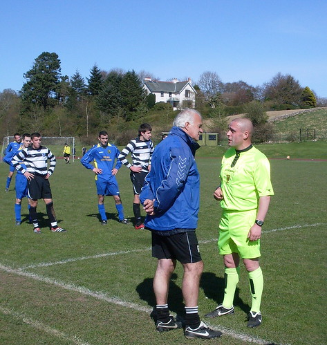 The Craigroyston gaffer gets a talking to