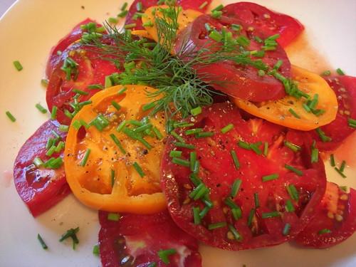 Fresh tomato salad