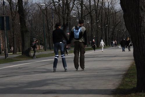 Let's roller-skate