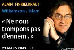 Il ya Williamson le négationniste. Mais il y a aussi Al-Qaradhaoui lantisémite. Le premier est évêque intégriste, le second est prédicateur salafiste