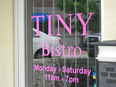 tiny bistro - the sign