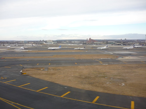 Newark airport: planes ready for take-off