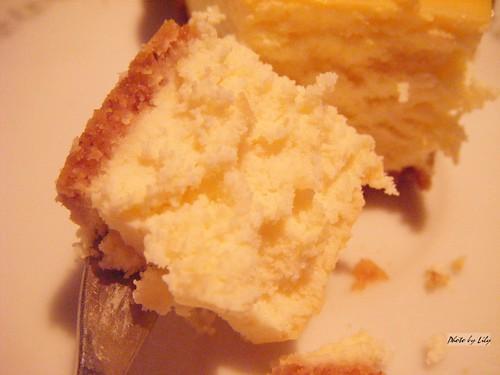 三槐堂的起司蛋糕斷面圖。