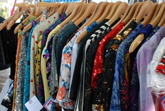 all kinds of great vintage (fabulousfashionfinds.net)