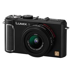 Panasonic Lumix DMC-LX3 (slant)