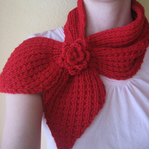 Heartwalk Scarflet