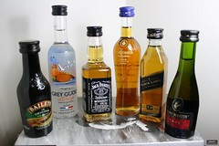 alcoholic drinks - minibottles