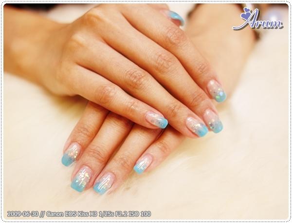 [光療指甲] Calgel 夏日海軍藍光療漸層指甲 1