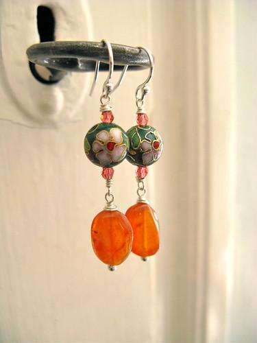 Delish earrings in red agate