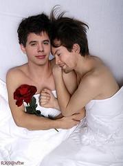 David Archuleta in bed with David Cook