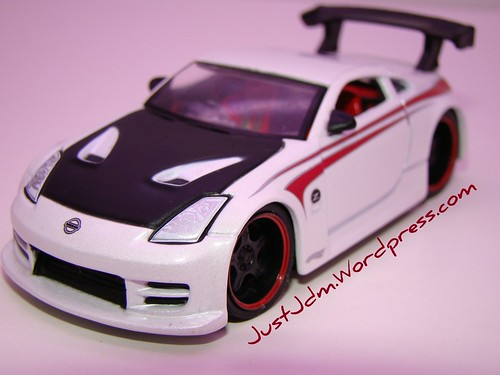 HW customs Nissan 350Z (4)