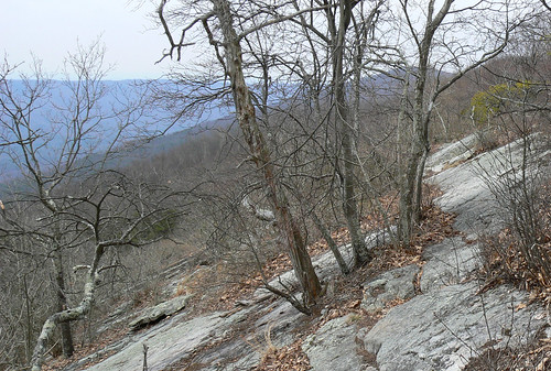 Sinking Creek Mountain - Slanty Rocks (Cropped)