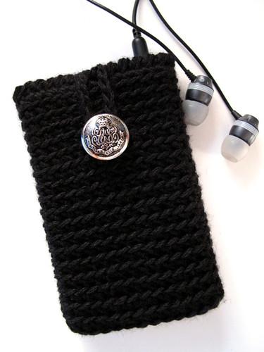 Crochet Black Ipod Classic Cozy