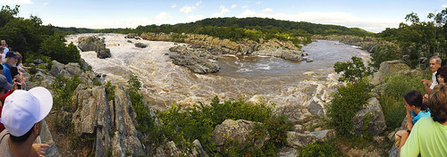 Panoramic view of the Potomac from the third viewpoint on the Virginia side.