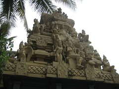 Sri Navaneetha Krishnan Sri Lakshmi Narasimhar Temple 4