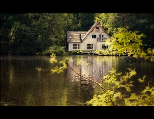 Das kleine Haus am See