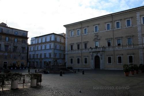 Piazza di Santa Maria in Trastevere, Trastevere, Rome