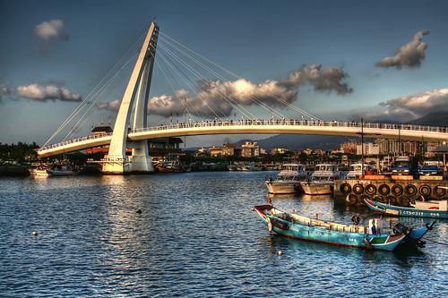 Lovers Bridge; Tan Shui/Tamsui Harbor, Taiwan