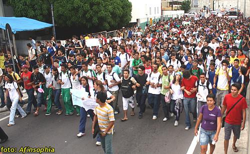 Estudantes Passeata 01 por você.