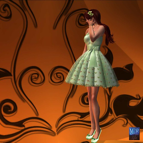 Here you can see the lovely Aradia hairstyle from Truth - including the back - as well as the lovely bow detail on the dress and the shoes.