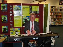 Laurie Searle performs at Shirley Library