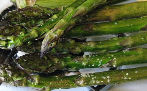 Asparagus with sea salt
