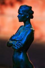 sculptor-Robert Graham