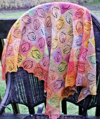 * Another shawl that I totally & completely love!!
