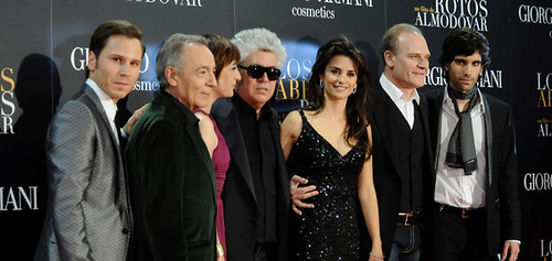 Léquipe du film Etreintes brisées de Pedro Almodovar.