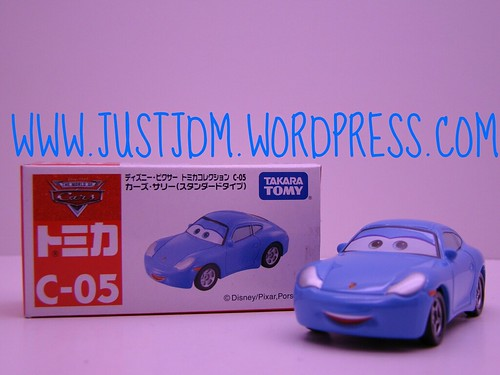 Tomica Disney CARS Sally C05 (1)