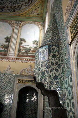 Inside the Apartment of the Sultan's Mother, Valide Sultan, Imperial Harem, Topkapi Palace, Istanbul, Turkey