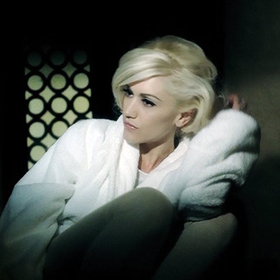 gwen-stefani-4-in-the-morning-400