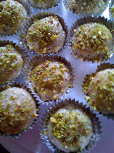 Rosewater pistachio vegan cupcakes
