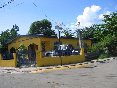 A blue and yellow Puerto Rican house