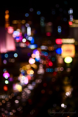 colors lights colorful nightshot lasvegas bokeh... (Photo: lucy*d on Flickr)
