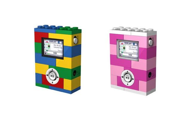 Otro ladrillo en la pared. Lego le agrega música a sus piezas y es así que acordó con Digital Blue la venta de una serie de reproductores MP3 inspirados en la marca.
