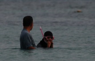 Muslim women apparantly need to wear burkas while snorkling. Makes sense I guess.