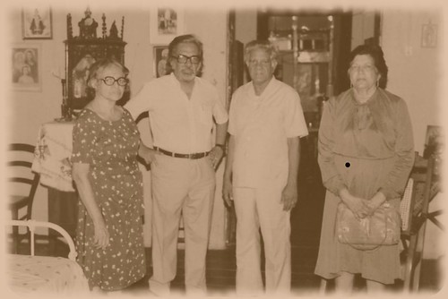 Aquino Braganza, with family in Goa by you.