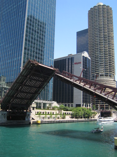 Chicago - Bridge Opens