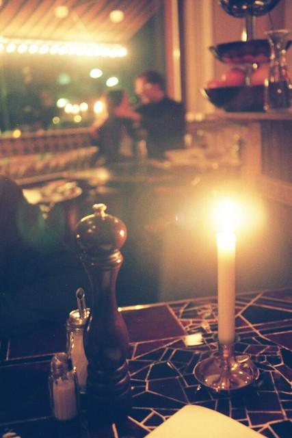 Dîner romantique à la chandelle