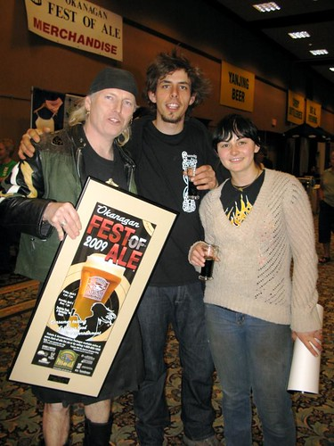 Crannog brewmaster, Brian MacIsaac, accepts the Peoples Choice Award for his Back Hand of God Stout.