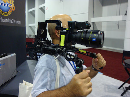 Single SI-2K Mini in rig for hand held production.