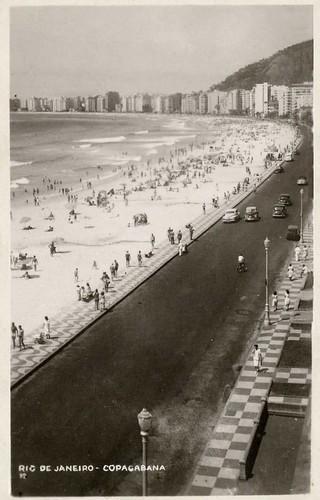 PISTAS E CALÇADAS COPACABANA 1956 por rioantigamente.