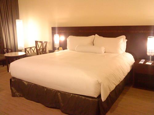 bed at sofitel