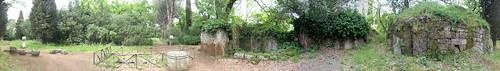 Cerveteri: tomba del Pozzo e panorama dei tumuli.
