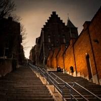 Romance dans l'escalier (roman photo en 3 actes)