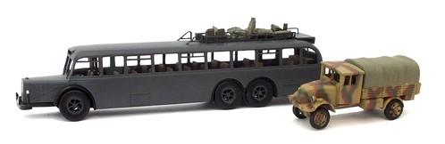 Wespe Mercedes L10000 & Phänomen Granit 1-72