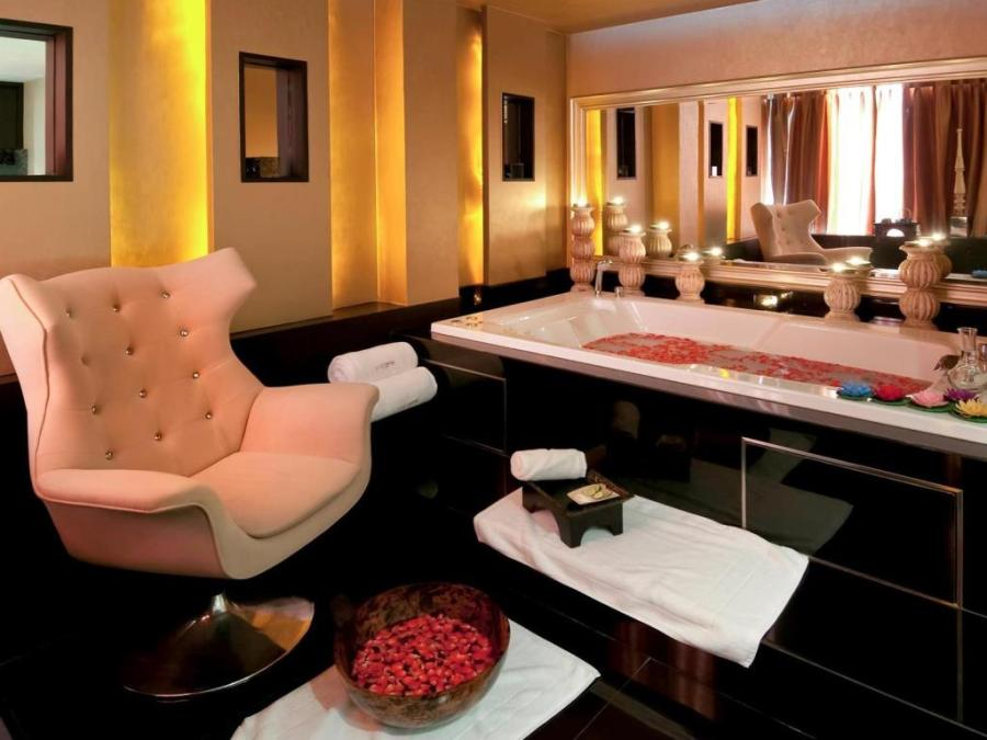 VIE Hotel Bangkok,曼谷spa,曼谷住宿,曼谷索菲特美憬閣VIE飯店,曼谷飯店,泰國住宿,透明泳池 @VIVIYU小世界