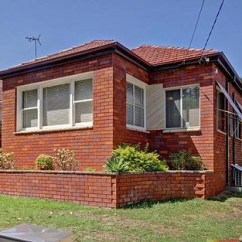 7 Sofala Street Riverwood Sectional Sofas Ct Auction Result For 65 Webb St Nsw 2210 Australia