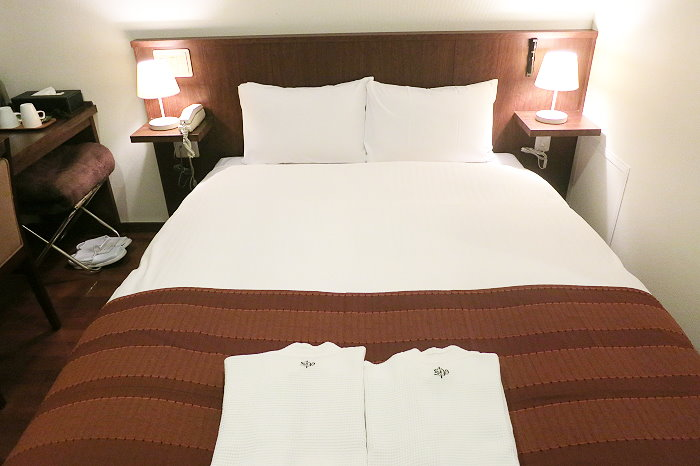 hotel12.jpg